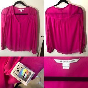 DIANE VON FURSTENBERG size 4 silk fuschia blouse
